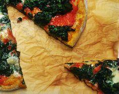Una buena pizza de espinacas y gorgonzola? Lo más visto de ayer: pizza popeye http://www.lahojadealbahaca.com/2013/04/pizza-de-espinacas-y-gorgonzola-pizza.html