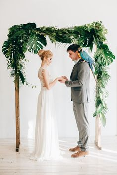 with some African parrot? Wedding Ceremony Ideas, Ceremony Backdrop, Green Wedding, Floral Wedding, Wedding Flowers, Hawaii Wedding, Destination Wedding, Botanical Wedding, Wedding Planners