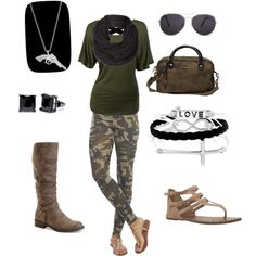 Spring or Fall Camo Camouflage Leggings, Casual Chic, Cute Outfits, Shoe Bag, Spring, Fall, Stuff To Buy, Life, Shoes