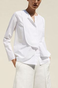 Explore our new shirt collection Minimal Fashion, White Fashion, Classic White Shirt, Tailored Shirts, White Shirts, Blouse Designs, Blouses For Women, Shirt Style, Fashion Outfits