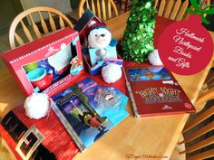 Building Holiday Traditions as a Single Mom with Hallmark Northpole #NorthpoleFun #shop
