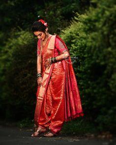 Indian Wedding Photography Poses, Bride Photography, Saree Photoshoot, Wedding Photoshoot, Marathi Bride, Marathi Wedding, Baby Girl And Dad, Maharashtrian Saree, Couple Wedding Dress