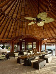 Dusit Thani Maldives 24