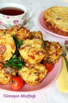 SOSİSLİ MUFFİN; http://www.tumayinmutfagi.com/TarifYorum-1142-yemek-tarifleri_sosisli-muffin.htm