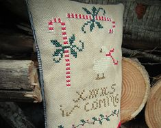 "Primitive cross stitch ""Xmas is coming"""