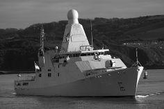 HNLMS Zeeland 24th Nov 13 #6