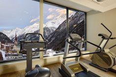 Fitnessraum mit Panoramablick, im 5. Stock