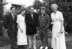 Titles: The Young Indiana Jones Chronicles Names: Elizabeth Hurley, George Lucas, Vanessa Redgrave, Sean Patrick Flanery, Rick McCallum