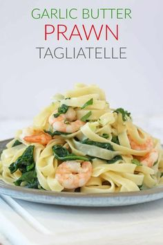 A quick and easy dinner recipe made using just 5 simple ingredients! #tagliatellerecipes #prawnrecipes #pastarecipes #quickandeasydinner Easy Prawn Recipes, Pasta Recipes For Kids, Easy Meals For Kids, Healthy Family Meals, Easy Dinner Recipes, Cooking Recipes, Healthy Recipes, Dinner Ideas, Midweek Meals