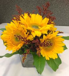 Elegant Events Florist | Philly Florist | Floral Delivery | Floral Arrangements | Happy Birthday | Funerals| Sympathy | Anniversary | Get Well | Congrats | Holidays | Sunflowers | Fall Arrangement |