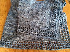 Ravelry: Twinkle Twinkle Baby Blanket pattern by Helen Stewart Kids Knitting Patterns, Knitting For Kids, Baby Patterns, Baby Knitting, Blanket Patterns, Knitting Projects, Knitted Afghans, Knitted Baby Blankets, Manta Crochet