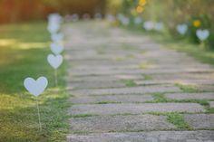 Para começar bem esta semana, recordamos o casamento da Luísa e do Ricardo  que aconteceu em Setembro de 2014, um casamento repleto de pormenores  românticos, com um palete de cores suave, feminina e muito doce.  A palete de cores escolhida foram o rosa e o azul suave e o branco. A Luísa  chego