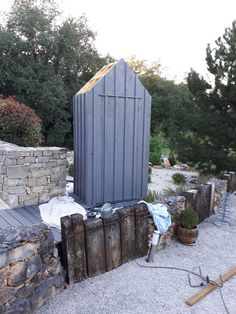 Small Garden Tool Shed, Tool Sheds, Patio, Outdoor Furniture Sets, Outdoor Decor, Garden Design, Wood, Restaurant, Lorraine
