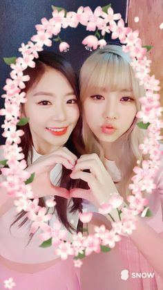 "[TRANS] (160618) MINX #밍스 Twitter Update "" [#Minx #JiYoohyun] No~~No~~~Why do I like you more and more? My love will explode!!! Kekeke, Jiu unnie, receive my heart♡.♡ """