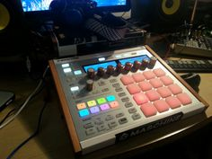 Custom Native Instruments #Maschine MK2