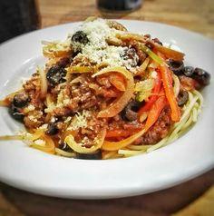 Espaguetis con salsa ragu