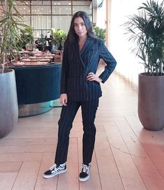 Suit and sneakers via IG Suits And Sneakers, Harry Styles Concert, Style Guides, Street Fashion, Grunge, Normcore, Ootd, Street Style, Photo And Video