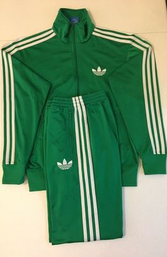 adidas White Regular Size Clothing for Men for sale Mens Green Tracksuit, Adidas Tracksuit Mens, Adidas Shirt, Addidas Track Suit, Track Suit Men, Adidas Retro, Vintage Adidas, Sports Tracksuits, Adidas Outfit