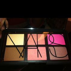 Danmari blush palette by NARS--    Travelers  in one sleek case :)