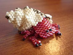 Hermit crab by EraserRain27. Clever shell. Yay shells!