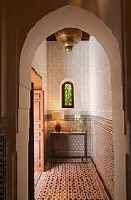 (1) royal mansour bathrooms - Bing images Moroccan Style, Alcove, Bing Images, Bathrooms, Bathtub, Mirror, Furniture, Home Decor, Standing Bath