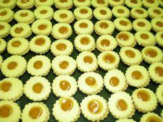 Biscottificio Innocenti, Roma, Trastevere, occhi di bue, biscotti con marmellata di albicocche