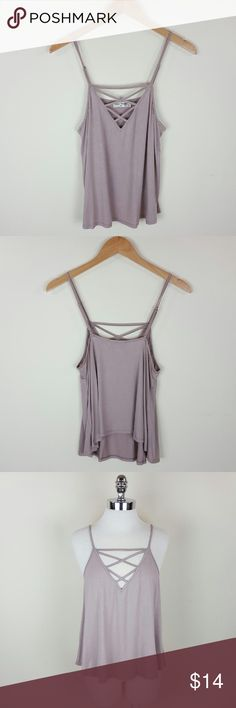 Mauve lattice top Lattice tank top in mauve with adjustable straps  Content 95% rayon 5% spandex  Length 25 in Size medium Tops Tank Tops