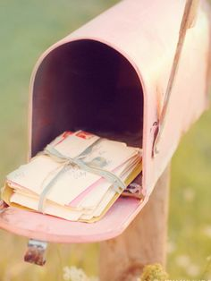 love sending and receiving letters and postcards <3