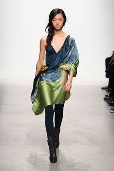 Défile Léonard Paris Prêt-à-porter Automne-hiver 2014-2015 - Look 25 #runway #fashion #style