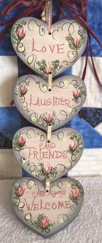 Artesanato em Mdf enfeite de porta de corações