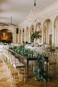 elegant reception - photo by w&e photographie http://ruffledblog.com/chic-wedding-at-an-atlanta-driving-club