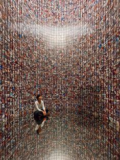 Teshima Yokoo House: Tower Teshima, Japan Tadanori Yokoo and Yuko Nagayama Land Art, Tadanori Yokoo, Japanese Art Modern, Illusion Art, Street Art, Art Plastique, Installation Art, Art Installations, Medium Art