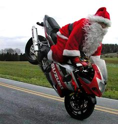 Awesome New Year Images and New Year Wallpapers - Happy New Year 2015 Santa Christmas, Christmas Humor, All Things Christmas, Xmas, Christmas Pics, Christmas Coffee, Black Christmas, Christmas Animals, New Year Wallpaper