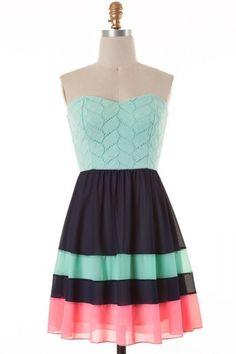 Sweet heart cut top lace woven color block A-line dress