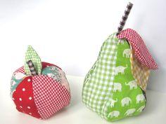 Ompeluohje: Neulatyyny - omena ja päärynä