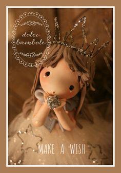 Chi non ha espresso mai un desiderio ?     Io lo faccio molto spesso , sono una gran sognatrice .     E voi?                          ...