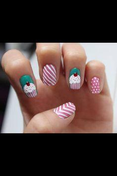 Cupcake nail design idea