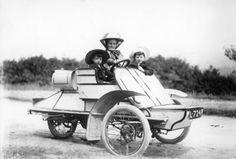 1905 Rexette 5 hp tricar