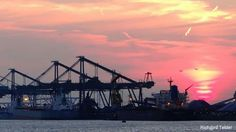 #Sunset in #Mississippihaven in #Port of #Rotterdam #nlrtm @PortOfRotterdam @BuienRadarNL