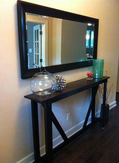 Grand miroir dans l'entrée                                                                                                                                                                                 Plus