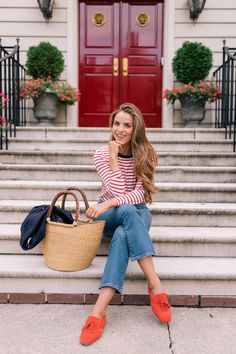 I'm sharing my travel style from Boden on Gal Meets Glam. A classic striped tee, blazer, jeans, and flats are closet staples and excellent travel pieces. See my travel look and more Boden staples here! Summer Outfits Women, Spring Outfits, Poses, Tartan, Preppy Style, My Style, Preppy Fall, Classic Style, Tweed