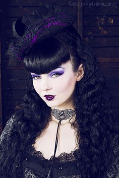 Romantic Threads Gothic