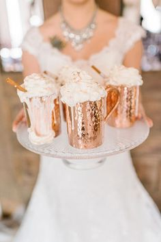 Hot cocoa in copper mugs. Love the presentation of cozy and chic! There's no better way to warm up on a cool winter wedding day. Copper Wedding, Gold Wedding, Wedding Bells, Dream Wedding, Wedding Day, Gold Christmas, Christmas Wedding, Christmas Decor, Naked Cakes
