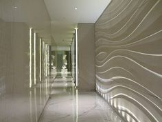 "Corinthia Hotel in London - like the wall ""art"" Spa Interior, Interior Exterior, Interior Walls, Interior Architecture, Interior Design, Spa Luxe, Luxury Spa, Spa Design, Wall Design"