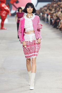 Chanel Enrolls Us In Lagerfeld's Art School #refinery29
