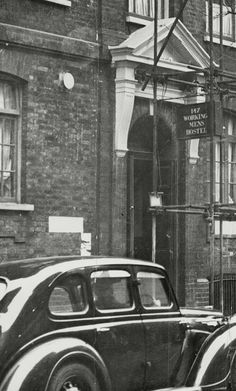 An Old Photo of the Working Mens Hostel Club in Tooley Street Bermondsey South East London England London History, South London, Hostel, London England, Old Photos, Urban, Club, Street, Old Pictures