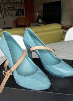 À vendre sur #vintedfrance ! http://www.vinted.fr/chaussures-femmes/escarpins-and-talons/35882122-incroyables-chaussures-united-nude-bleues