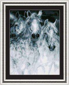 """Вышивалка 刺繍: """"Лошади"""""""