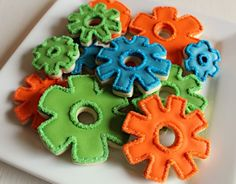 Steampunk gears shaped biscuits! Steampunk party food inspiration.
