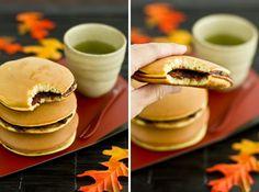 Dorayaki (Japanese red bean pancakes) My children are going to love this.